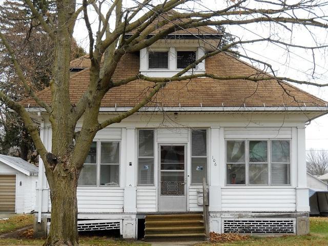 106 S Jackson Avenue, Polo, IL 61064 (MLS #09821381) :: Littlefield Group
