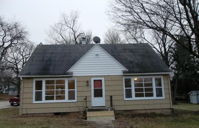 501 W Dixon Street, Polo, IL 61064 (MLS #09821793) :: Littlefield Group