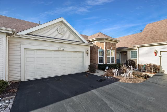 16228 Tomahawk Lake Court, Crest Hill, IL 60403 (MLS #09822667) :: Lewke Partners