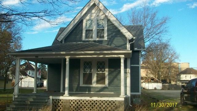 105 N Oak Street, Buckley, IL 60918 (MLS #09822757) :: The Jacobs Group