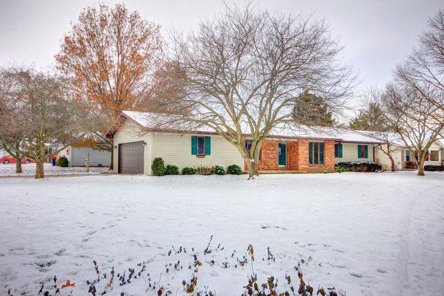 705 Edwards Street, MONTICELLO, IL 61856 (MLS #09823141) :: Littlefield Group