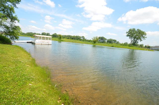 13403 Lake Mary Drive, Plainfield, IL 60585 (MLS #09824410) :: Lewke Partners