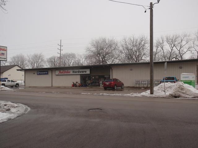 1201 Main Street, Mendota, IL 61342 (MLS #09829425) :: The Jacobs Group
