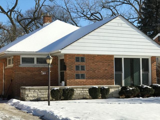 369 Desplaines Avenue, Riverside, IL 60546 (MLS #09829636) :: The Wexler Group at Keller Williams Preferred Realty