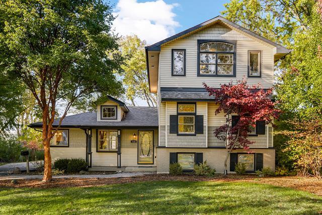 133 Springwood Drive, Naperville, IL 60540 (MLS #09830805) :: Lewke Partners