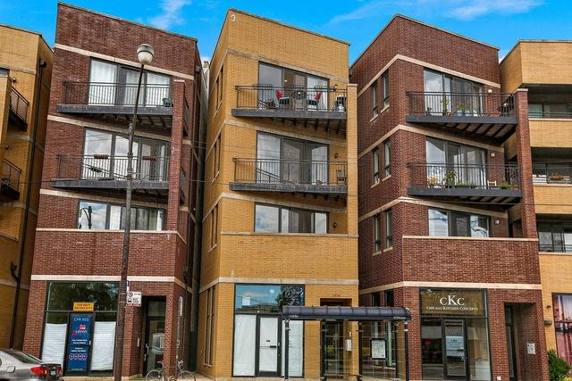 2806 W Chicago Avenue #4, Chicago, IL 60622 (MLS #09831081) :: The Perotti Group