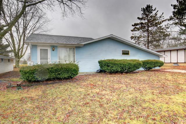 1424 Country Club Lane, Loda, IL 60948 (MLS #09832040) :: Ryan Dallas Real Estate