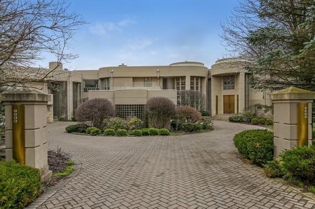 8600 Oak Knoll Drive, Burr Ridge, IL 60527 (MLS #09832585) :: The Wexler Group at Keller Williams Preferred Realty