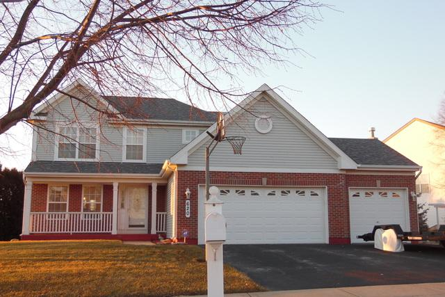 620 Lake Plumleigh Way, Algonquin, IL 60102 (MLS #09832984) :: Lewke Partners