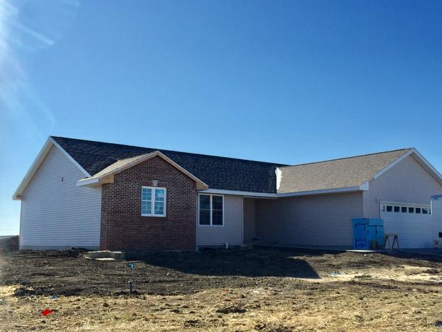 305 S Lincoln Street, Fisher, IL 61843 (MLS #09833137) :: Littlefield Group