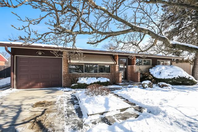 1033 Midway Road, Northbrook, IL 60062 (MLS #09833559) :: Helen Oliveri Real Estate