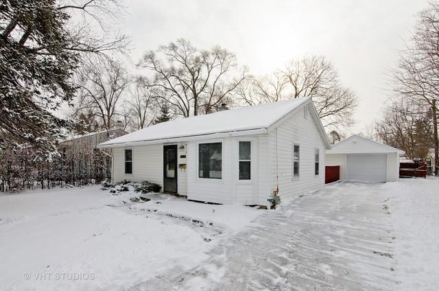 449 W Oriole Trail W, Cary, IL 60013 (MLS #09833954) :: Lewke Partners