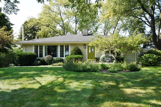 24264 N Grandview Drive, Barrington, IL 60010 (MLS #09834204) :: The Jacobs Group