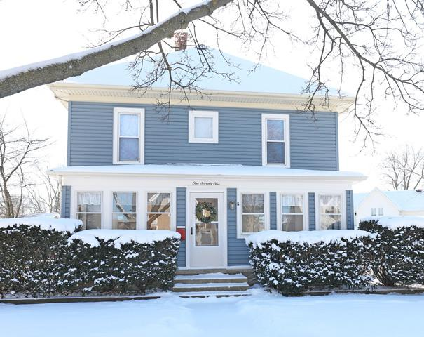 171 W Crystal Lake Avenue, Crystal Lake, IL 60014 (MLS #09834425) :: The Jacobs Group