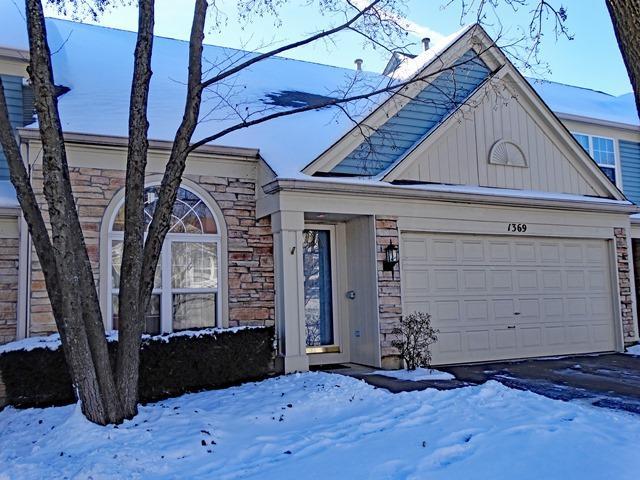 1369 Diamond Drive, Hoffman Estates, IL 60192 (MLS #09834657) :: The Jacobs Group