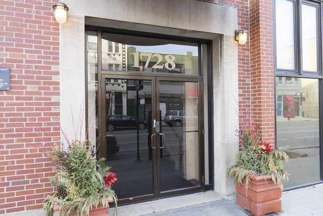 1728 N Damen Avenue N #210, Chicago, IL 60647 (MLS #09834752) :: Property Consultants Realty