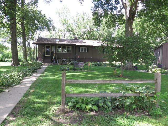8601 Lyndon Road, Prophetstown, IL 61277 (MLS #09835151) :: Littlefield Group