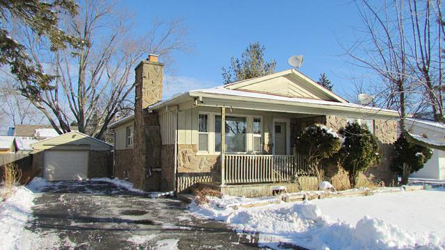 1017 Highland Avenue, Wauconda, IL 60084 (MLS #09835529) :: RE/MAX Unlimited Northwest