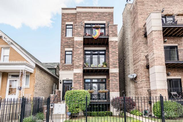 2032 W Augusta Boulevard #1, Chicago, IL 60622 (MLS #09835860) :: The Perotti Group