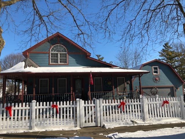 503 10th Avenue, Mendota, IL 61342 (MLS #09836175) :: Domain Realty