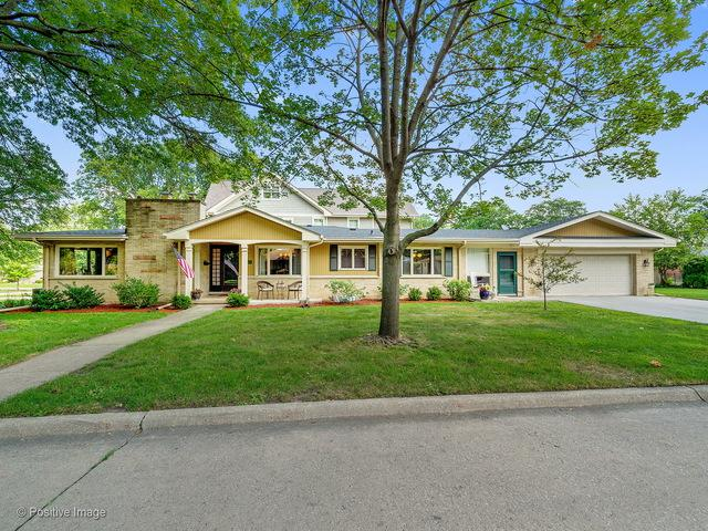 5345 Grand Avenue, Western Springs, IL 60558 (MLS #09836606) :: The Wexler Group at Keller Williams Preferred Realty