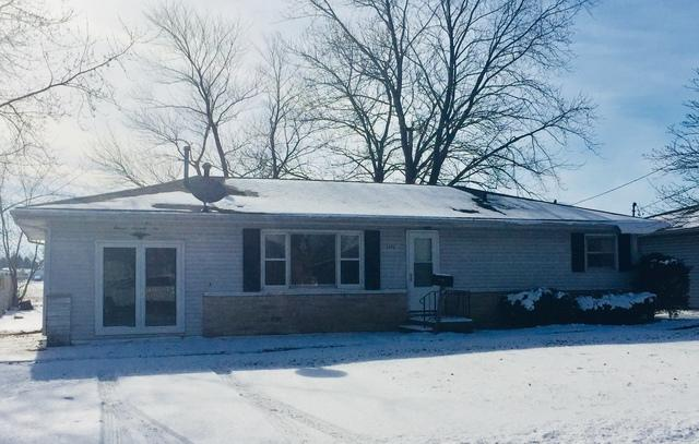 1176 Eastview Drive, Paxton, IL 60957 (MLS #09836737) :: Ryan Dallas Real Estate