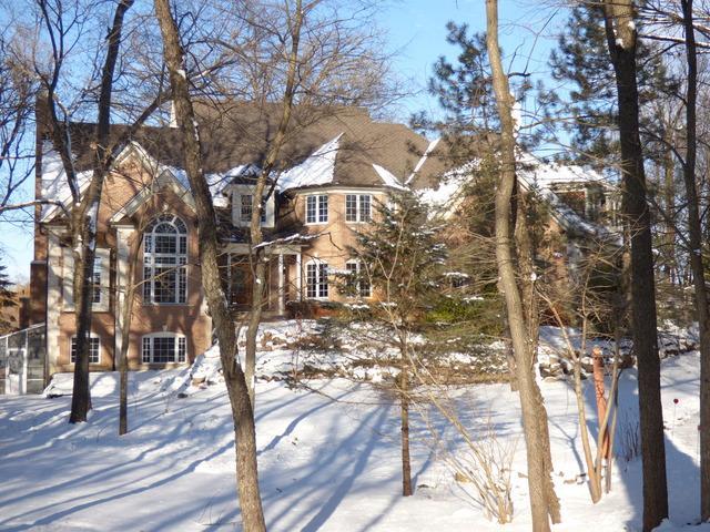 28 Ridge Road, Barrington Hills, IL 60010 (MLS #09837047) :: RE/MAX Unlimited Northwest
