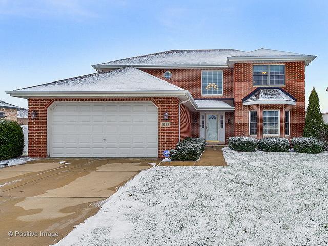 1629 Hillcrest Lane, Woodridge, IL 60517 (MLS #09837806) :: Lewke Partners