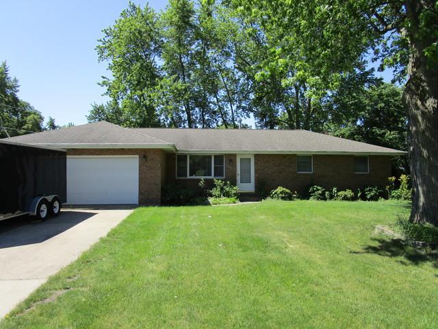 285 W 3rd Street, Braidwood, IL 60408 (MLS #09838116) :: Ani Real Estate