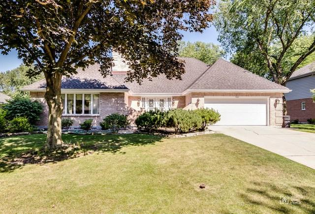 7621 Ridgewood Lane, Burr Ridge, IL 60527 (MLS #09838389) :: The Wexler Group at Keller Williams Preferred Realty