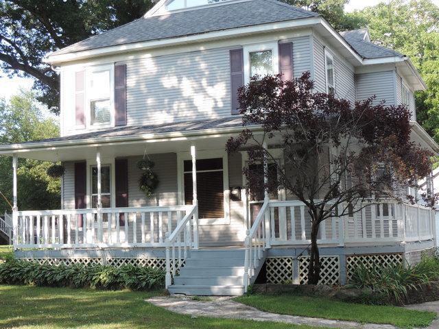 611 Vine Street, Morris, IL 60450 (MLS #09838488) :: The Wexler Group at Keller Williams Preferred Realty