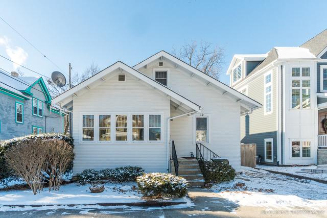 19 N Main Street, Naperville, IL 60540 (MLS #09838886) :: The Wexler Group at Keller Williams Preferred Realty