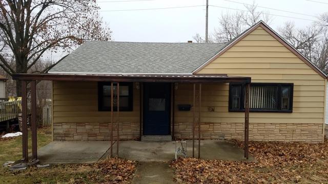616 E Erie Street, Spring Valley, IL 61362 (MLS #09840079) :: The Dena Furlow Team - Keller Williams Realty
