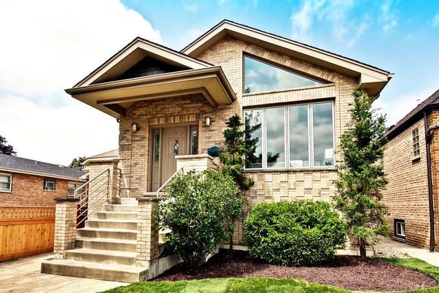 3842 N Oconto Avenue, Chicago, IL 60634 (MLS #09840402) :: Littlefield Group
