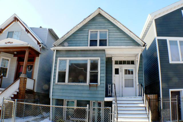 3422 N Damen Avenue, Chicago, IL 60618 (MLS #09841429) :: Domain Realty