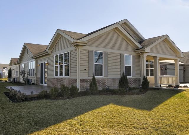 16333 Crescent Lake Drive, Crest Hill, IL 60403 (MLS #09842822) :: The Dena Furlow Team - Keller Williams Realty