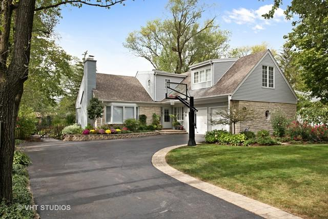 1570 Stratford Road, Deerfield, IL 60015 (MLS #09843300) :: The Jacobs Group