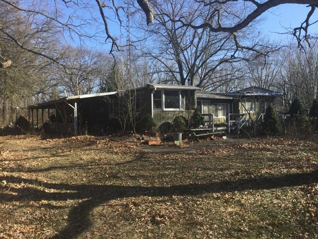 35604 Essex Road, Wilmington, IL 60481 (MLS #09844507) :: Lewke Partners