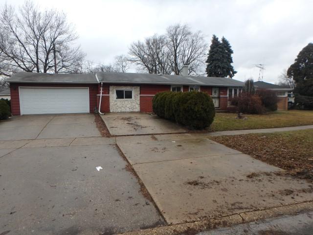 16200 Cambridge Drive, Markham, IL 60428 (MLS #09844702) :: The Dena Furlow Team - Keller Williams Realty