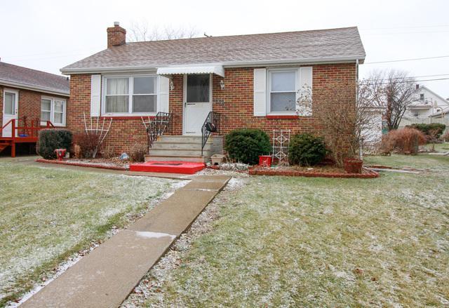 1705 Cora Street, Crest Hill, IL 60403 (MLS #09844795) :: The Dena Furlow Team - Keller Williams Realty