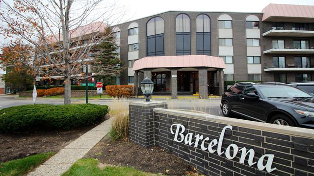 4901 Golf Road #110, Skokie, IL 60077 (MLS #09844963) :: The Jacobs Group