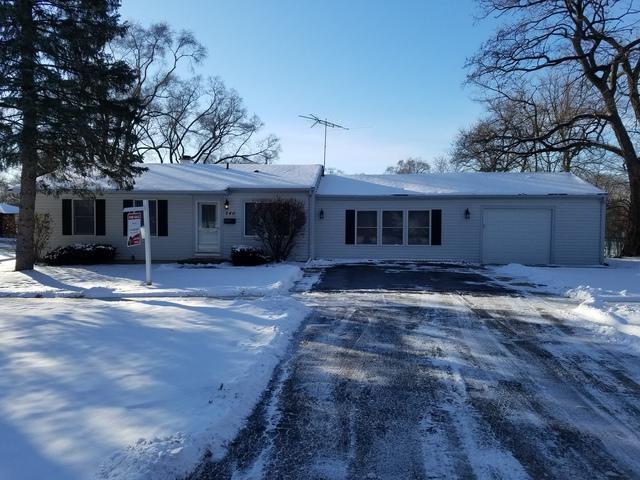 240 Raupp Boulevard, Buffalo Grove, IL 60089 (MLS #09845480) :: Lewke Partners