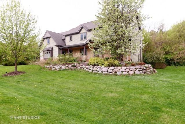 9815 River Bluff Lane, Fox River Grove, IL 60021 (MLS #09845652) :: Lewke Partners