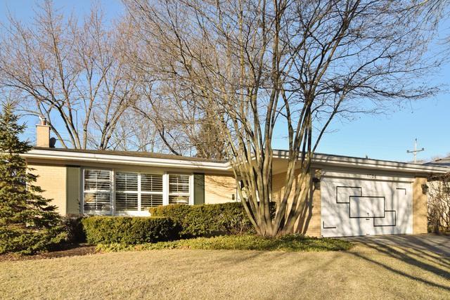 1024 N Drury Lane, Arlington Heights, IL 60004 (MLS #09845824) :: The Schwabe Group