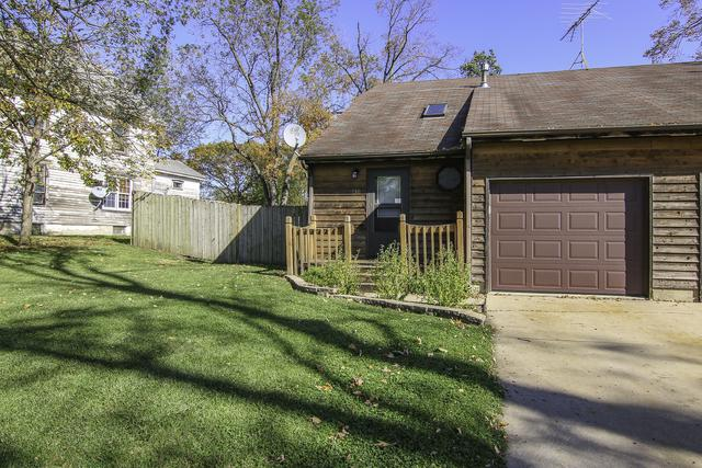 130 Coster Street, Hinckley, IL 60520 (MLS #09845985) :: The Jacobs Group