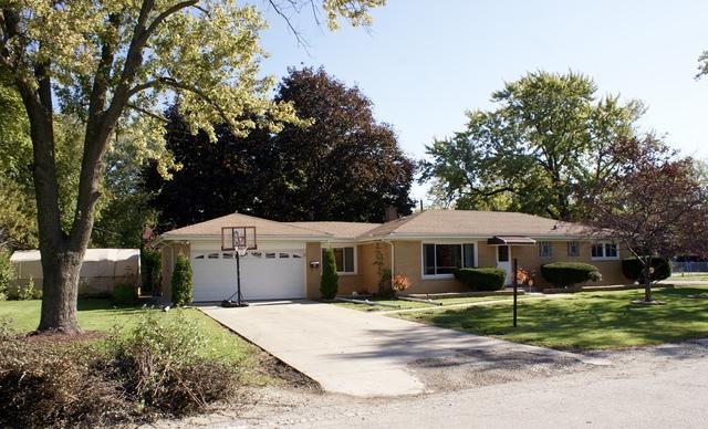 2245 Fairfield Avenue, Melrose Park, IL 60164 (MLS #09846119) :: The Dena Furlow Team - Keller Williams Realty