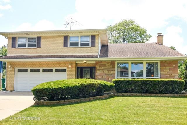 947 Garden Lane, Wheeling, IL 60090 (MLS #09846420) :: The Dena Furlow Team - Keller Williams Realty