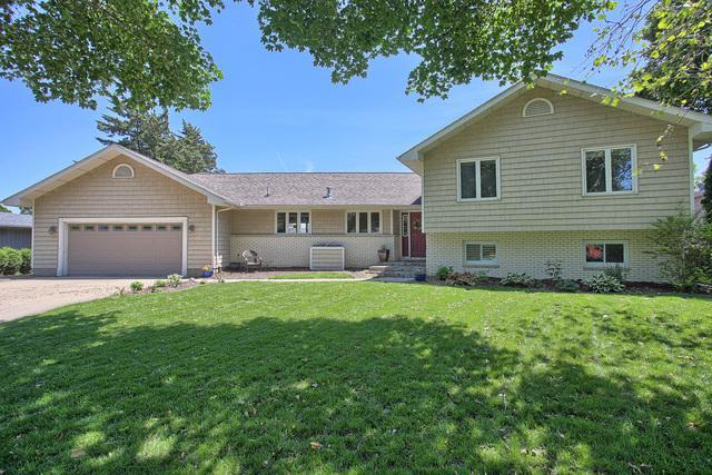 1810 Maynard Drive, Champaign, IL 61822 (MLS #09847531) :: Lewke Partners