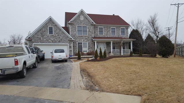 1560 Prairie Crossing Drive, West Chicago, IL 60185 (MLS #09848304) :: Lewke Partners