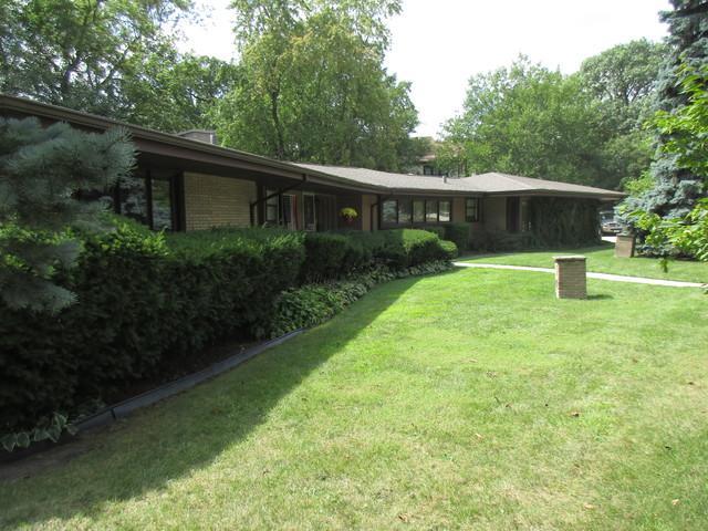 320 Fairbank Road, Riverside, IL 60546 (MLS #09849015) :: Lewke Partners